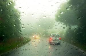 Как прадотвратить запотевания окон в автомобиле